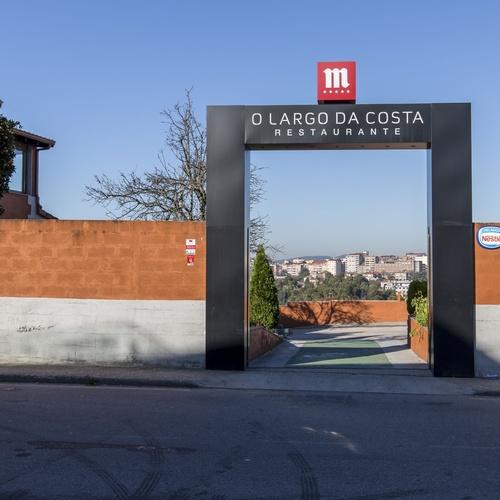 O Largo da Costa Complejo, Vigo