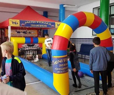 Organiza tu fiesta con mini ferias hinchables