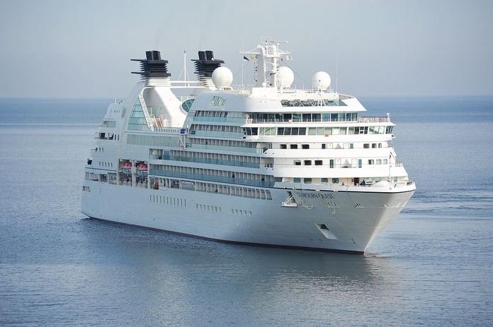 Cruceros: Servicios de Zafiro Tours