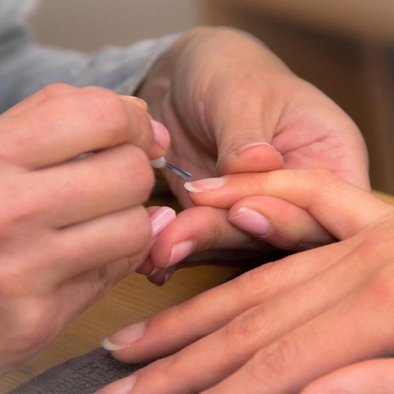 Manicura y Pedicura: Peluquería y estética de Peluquería Venus