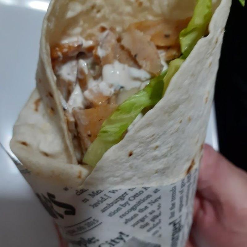 Kebab super de pollo y ternera:  de El Antojao Burguer