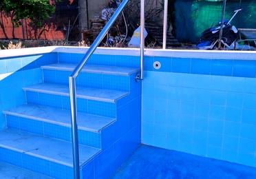 Acero inoxidable para piscinas