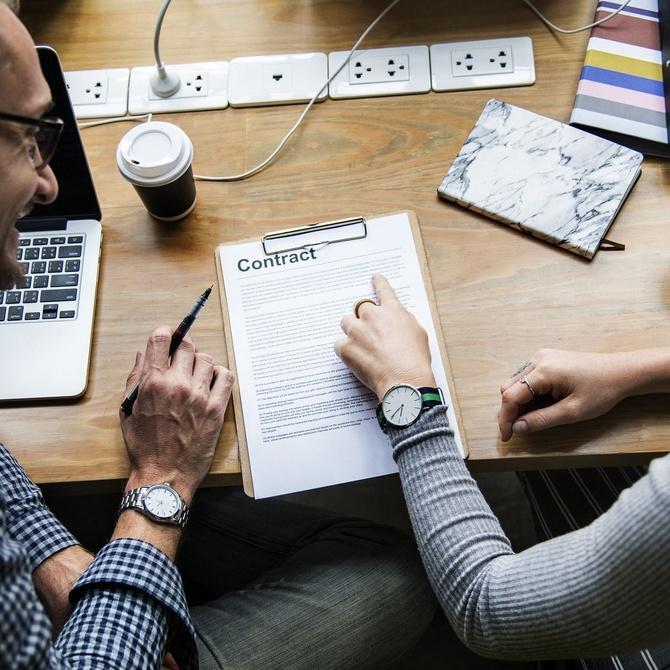 Diferencias entre contrato mercantil y contrato laboral