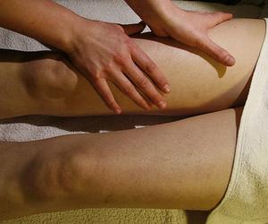 Masaje de rodillas