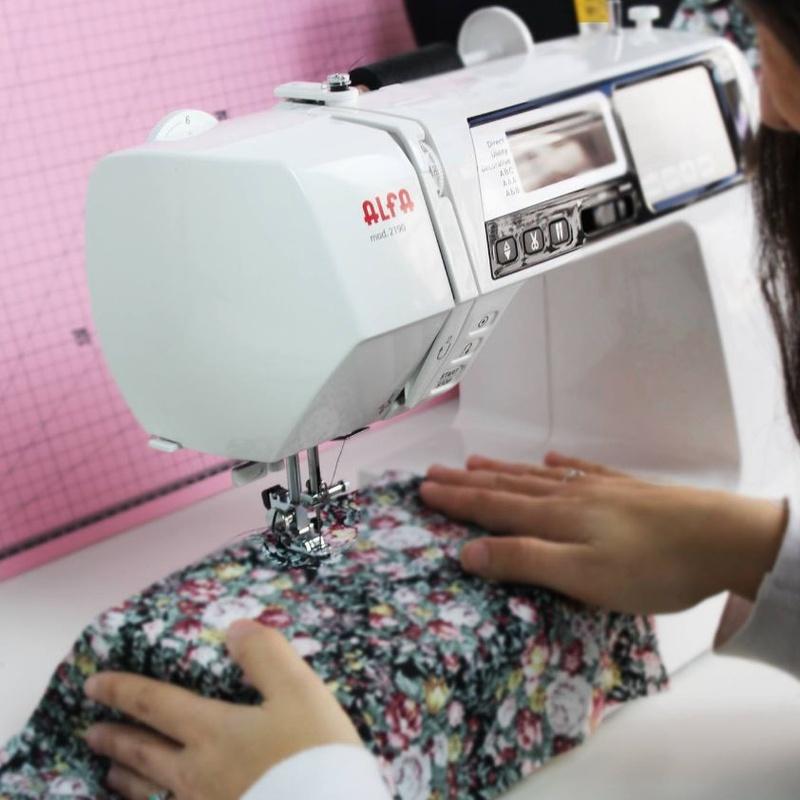 Muebles de máquinas de coser: Productos de Maquinas de Coser - Servicio técnico y repuestos
