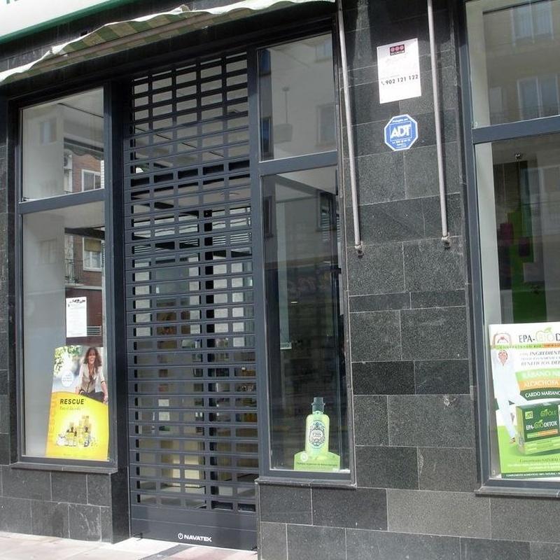 Persianas metalicas: Servicios de Navatek Puertas Automáticas, S.L.