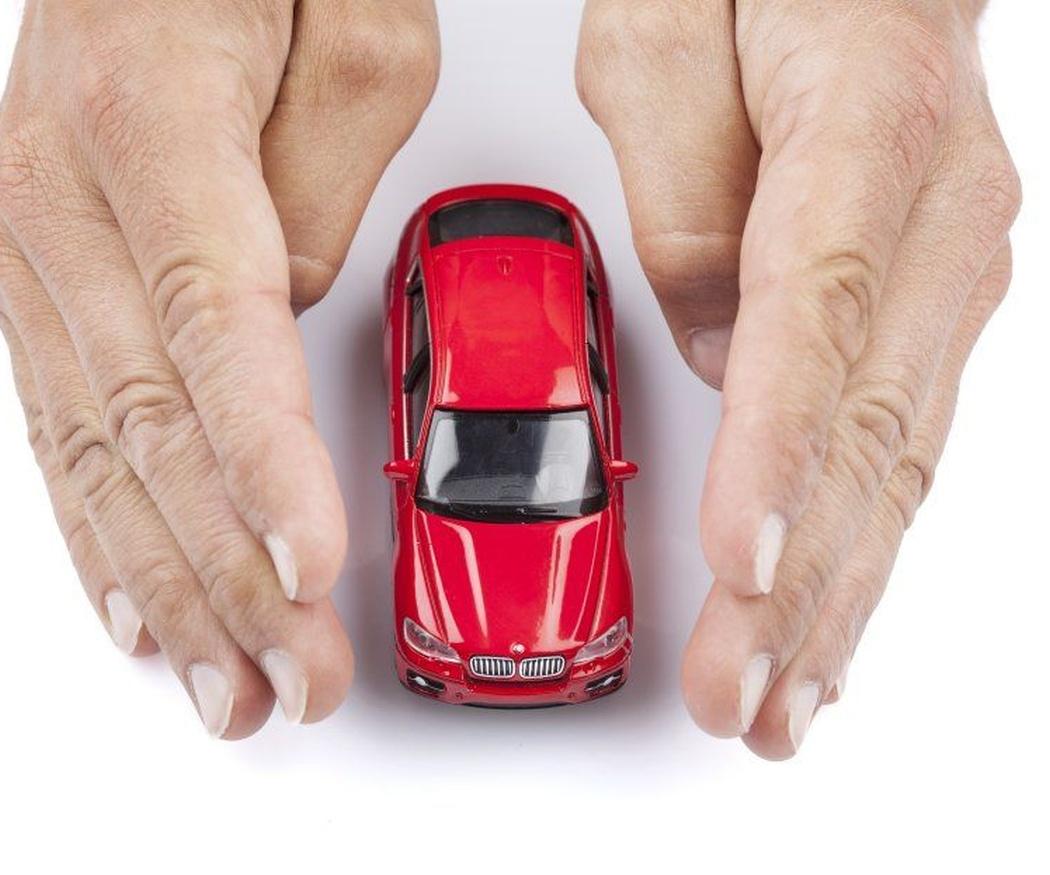 ¿Influye la pintura del coche en el seguro?