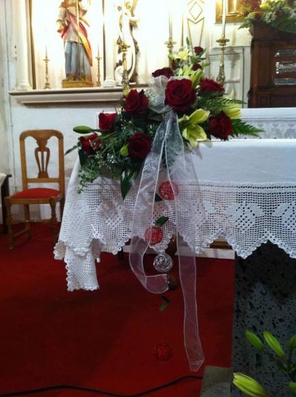 Cómo decorar la iglesia: Servicios  de Floristería Tías