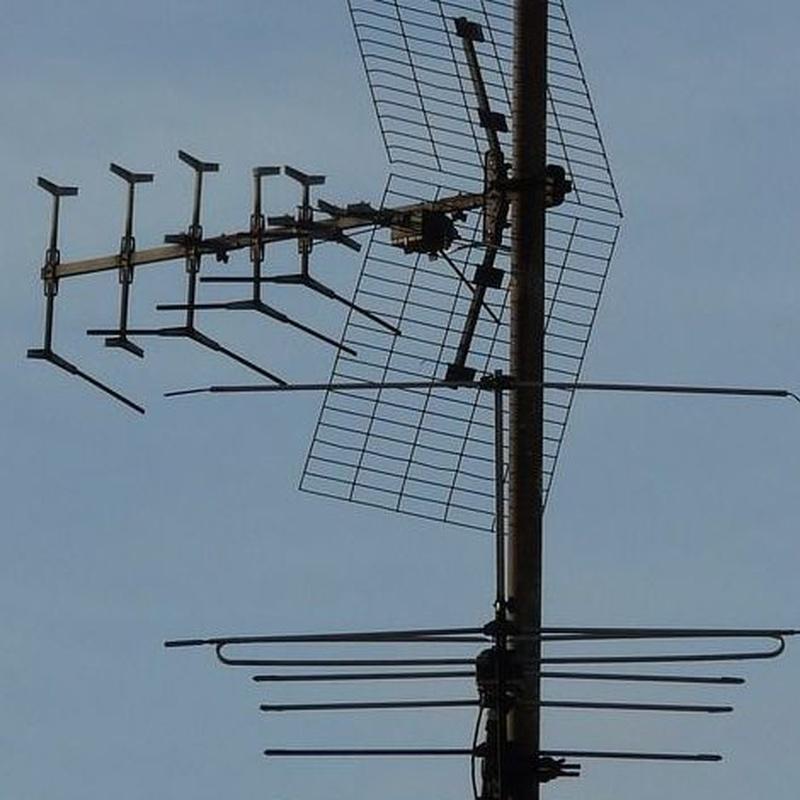 Antenas: Servicios  de Electrónica A.R.M.