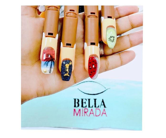 Uñas acrílicas: Catálogo de mimos. de Bella Mirada