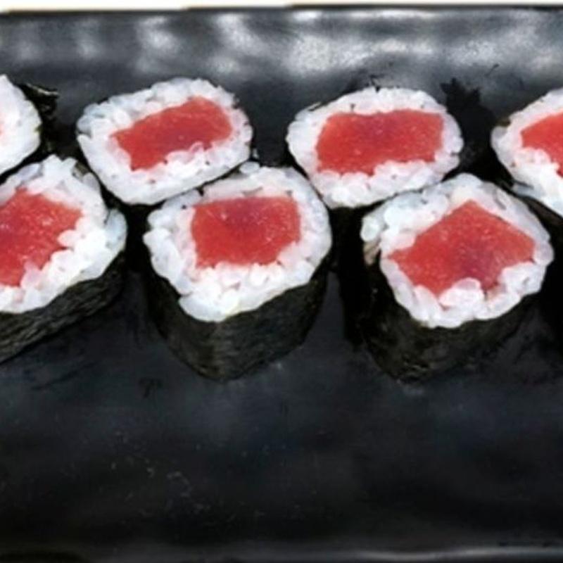 108.MAKI DE ATUN 6 Piezas: Carta y menús de Yoshino