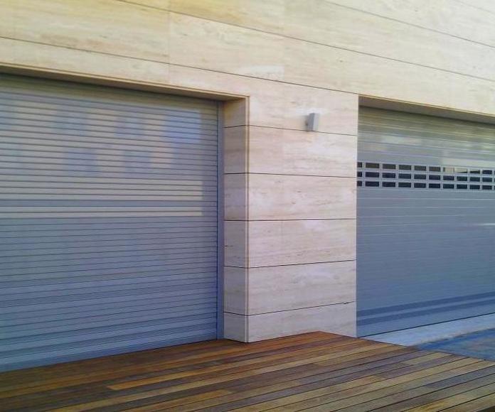 A52 Puertas Enrollables de Aluminio