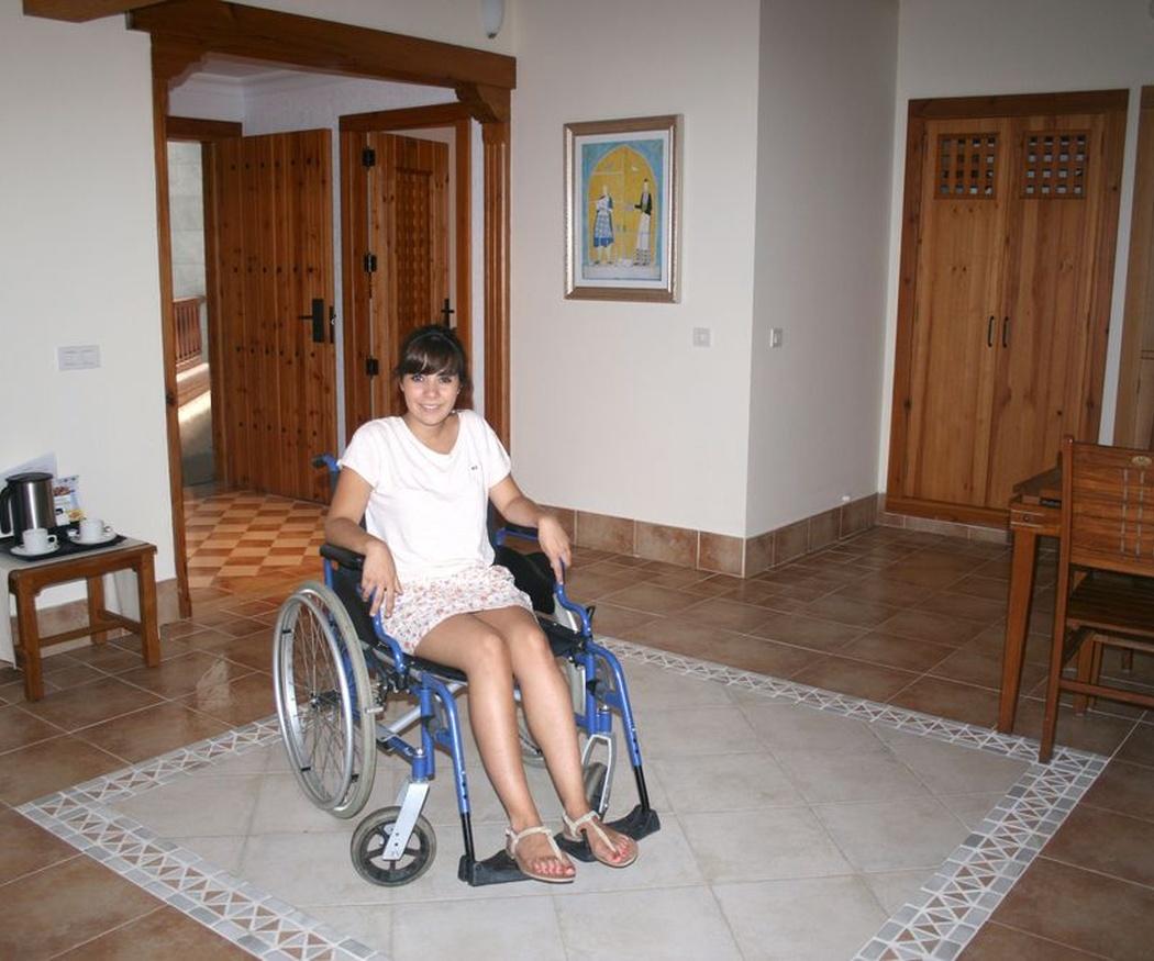 Por los pisos accesibles