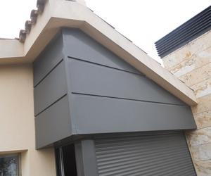 Revestimiento de fachada de chapa-aluminio