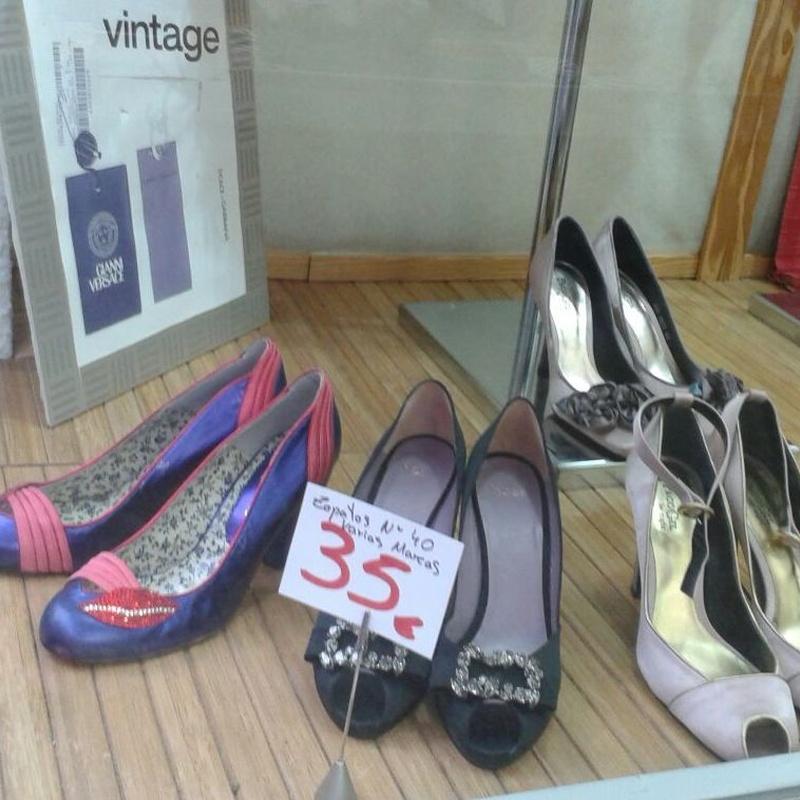 Zapatos y complementos: Catálogo de Desván Moda Segunda Mano