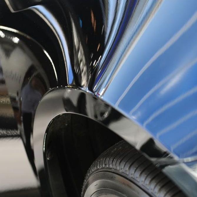 Utilidades de la fibra de vidrio en los acabados del coche
