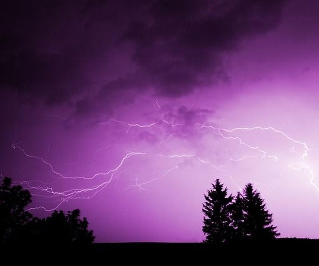 Qué es una tormenta eléctrica y qué precauciones debemos tomar