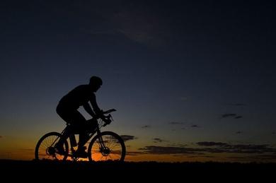 ACCIDENTE DE TRAFICO - Un ciclista de Cangas del Narcea fallece atropellado en el túnel de Rañadoiro