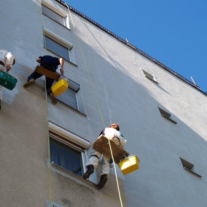 ¿Cuándo se debe rehabilitar la fachada de un edificio?