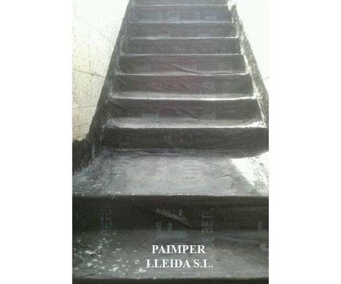 Escalera impermeabilizada con tela asfaltica