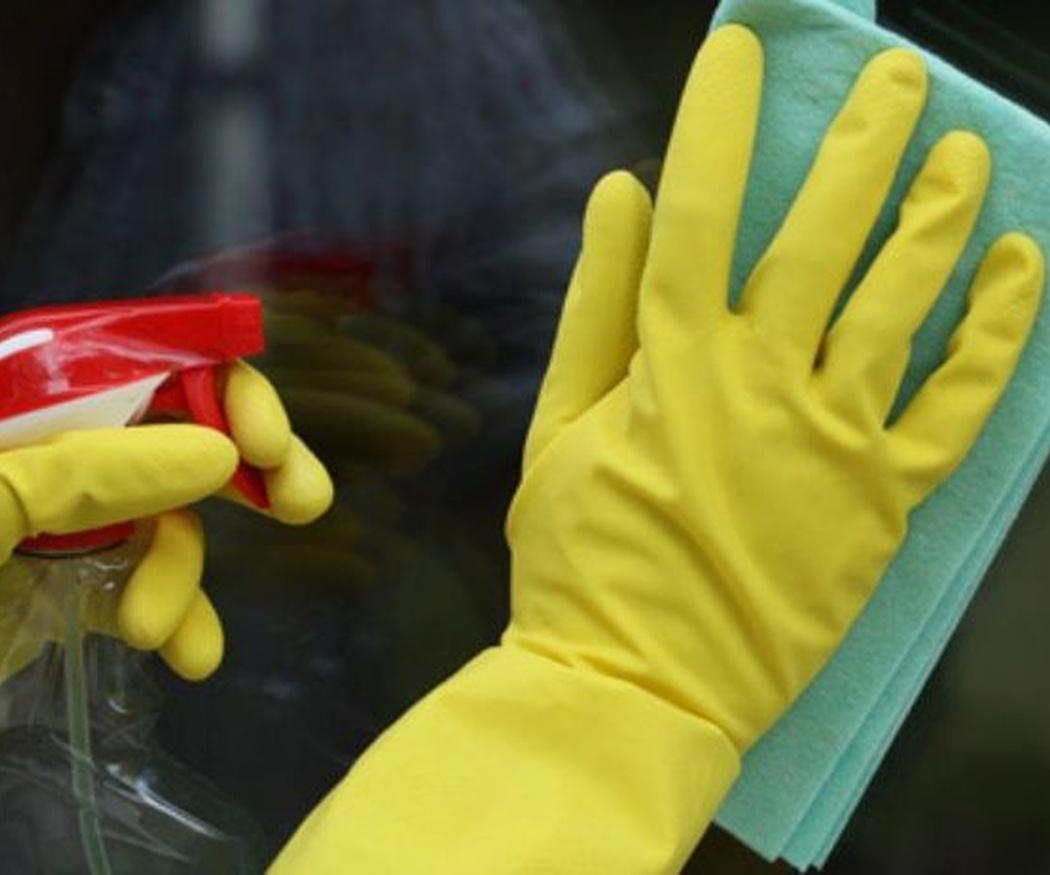 El orden correcto para limpiar las ventanas