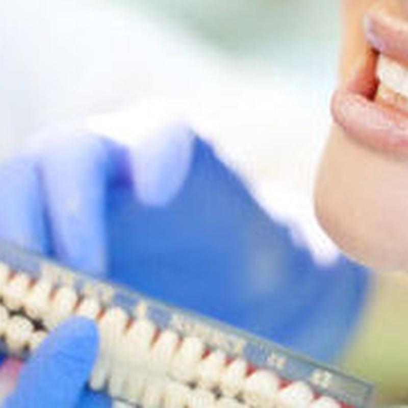 Restauraciones: Tratamientos y tecnología de Clínica Dental Daniel Molina