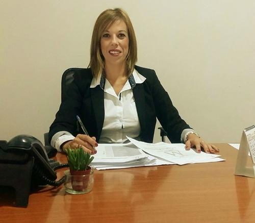 Dña. Raquel Patrón departamento de administración legal