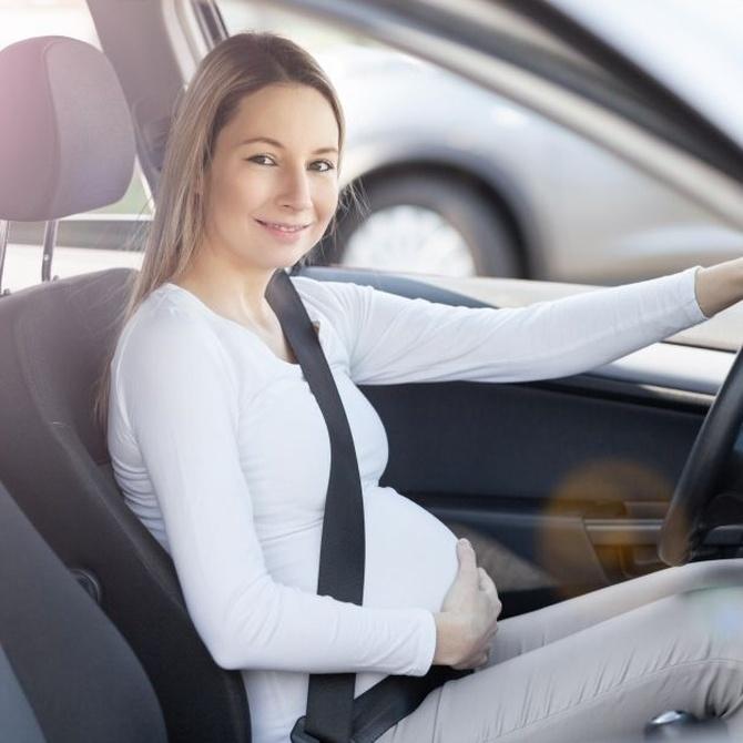 ¿Se puede conducir estando embarazada?