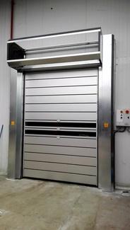 Puerta muy rápida de paneles enrollables en espiral aislamiento térmico y acústico