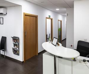 Zona entrada Centro de Estética Dental Innova