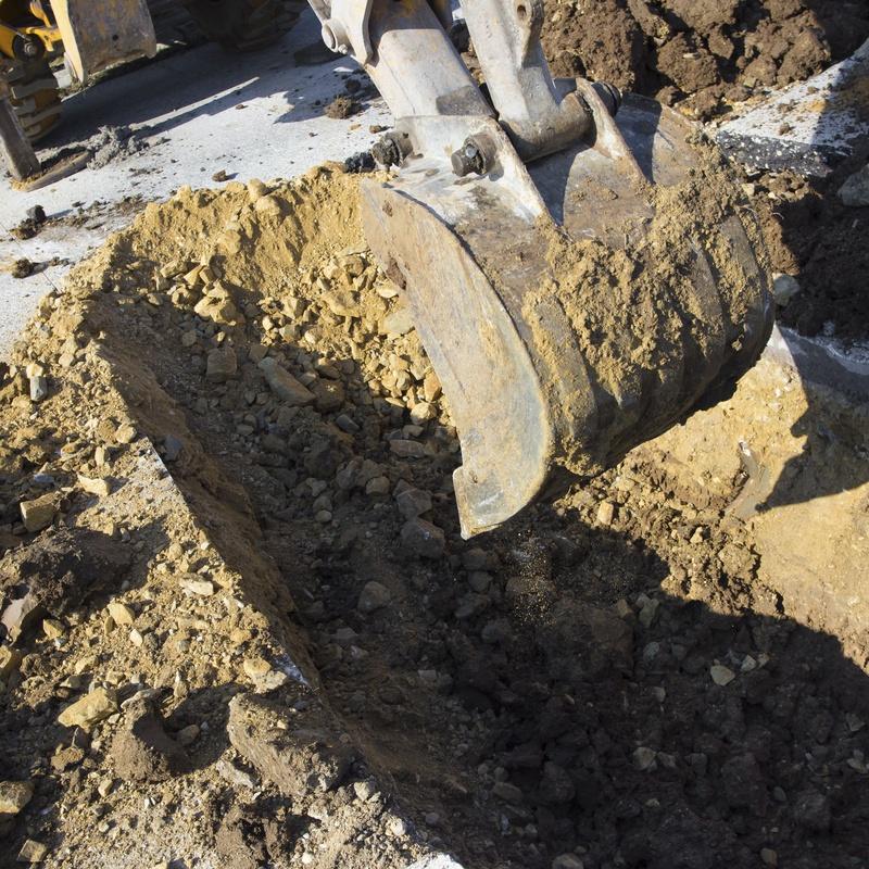 Excavaciones: Servicios de Libercom 2000