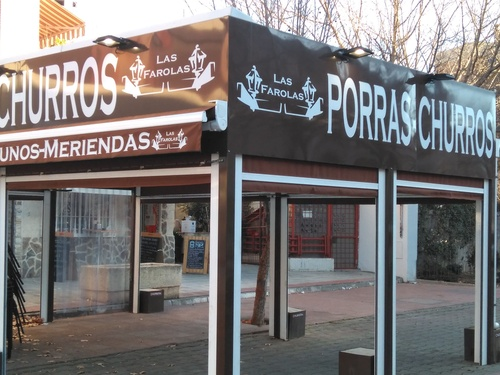 Churros con chocolate en Fuencarral, Madrid | Churrería Chocolatería Las Farolas