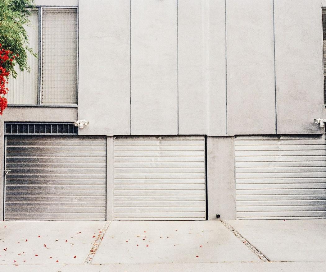 Mitos sobre el cuidado con las puertas del garaje