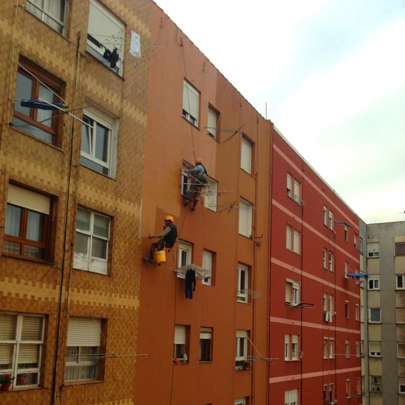 Pintores de fachadas en Santander trabajos verticales