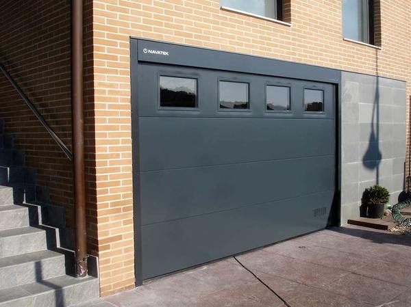 Sustitucion de puertas de garaje navarra