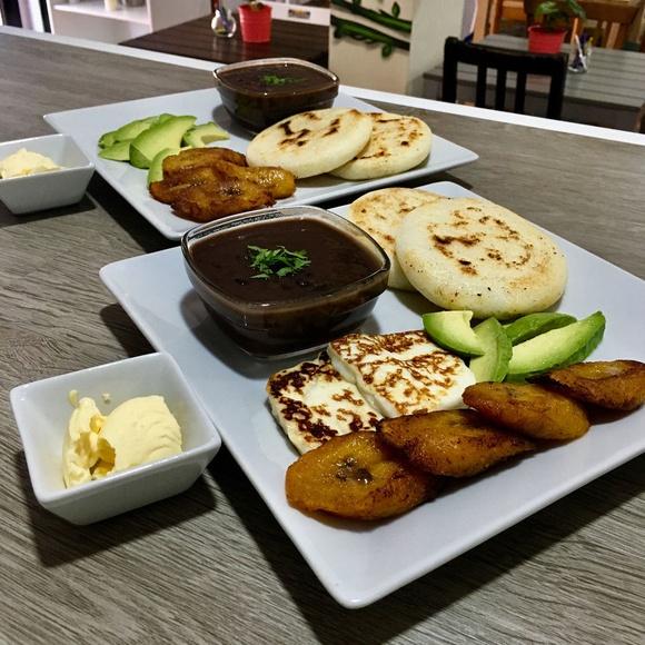 Riquísimo plato Venezolano! Con opción Vegana y Vegetariana.