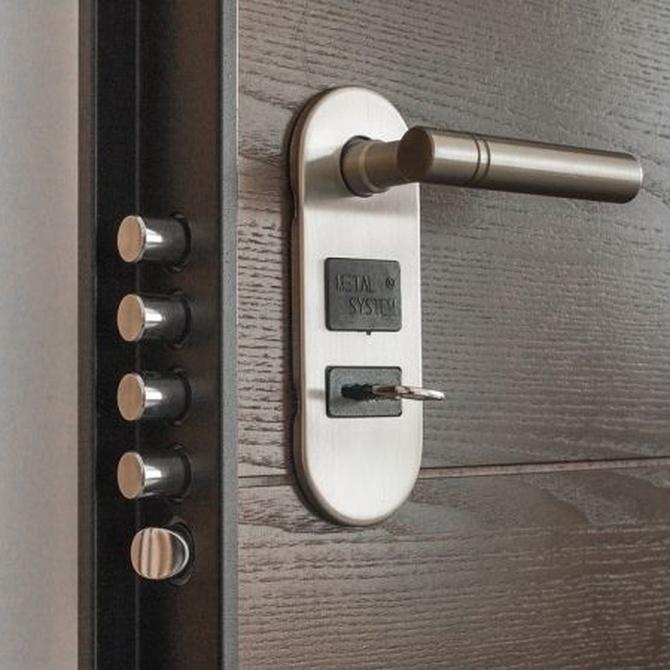 Puertas de seguridad: puerta blindada o acorazada
