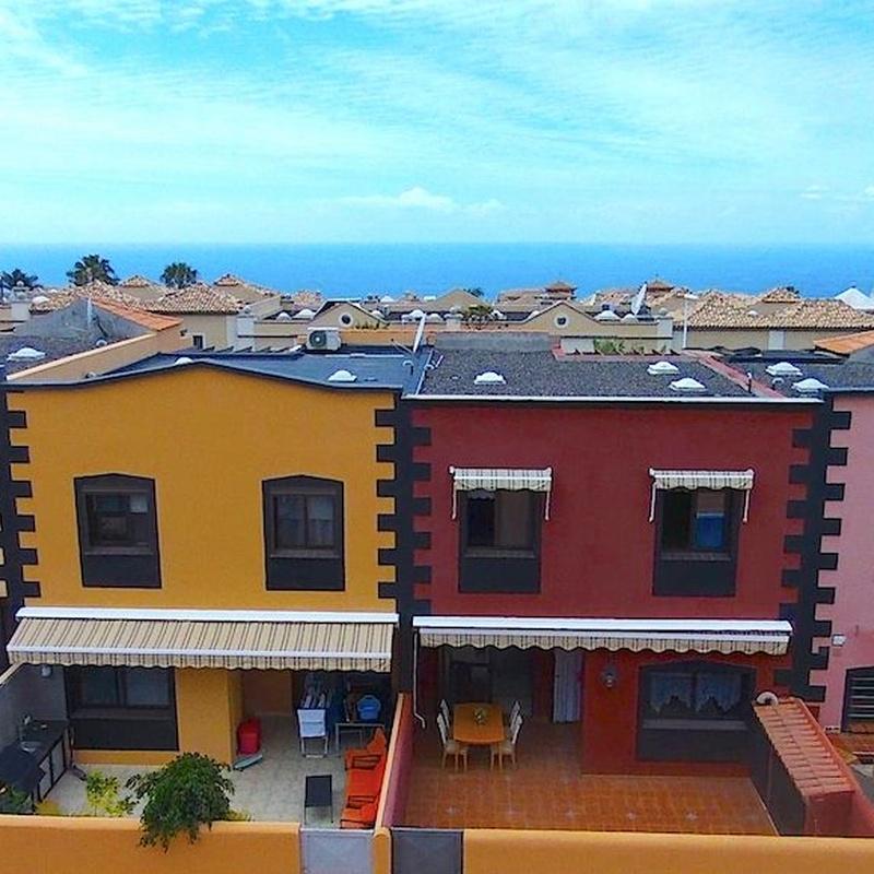 Venta de adosado con 3 habitaciones en El Galeón (Adeje)