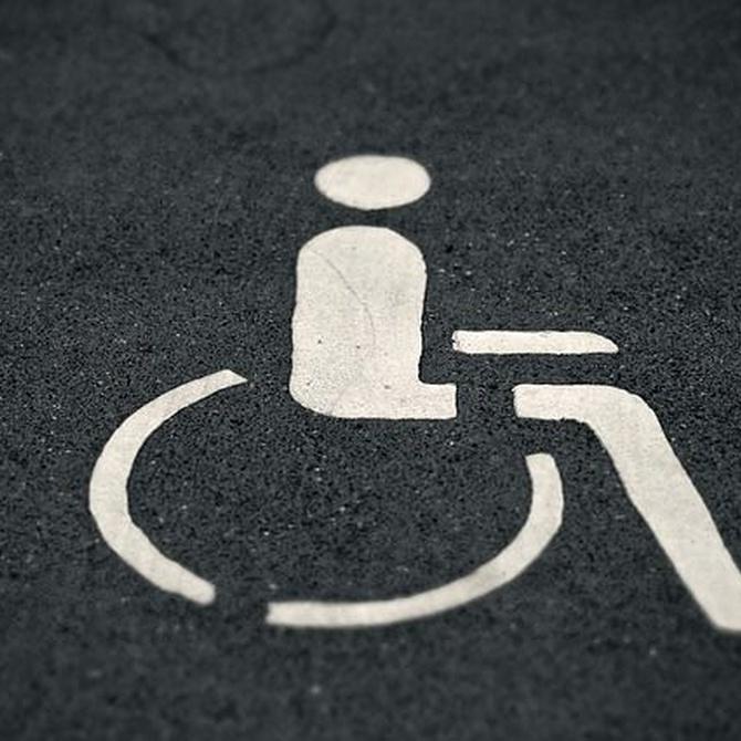Practicar tennis en silla de ruedas