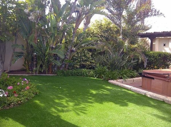Césped artificial en Tenerife y trabajos de jardinería y paisajismo