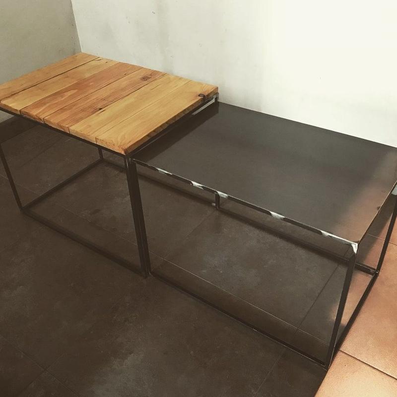mesa doble en hierro y madera