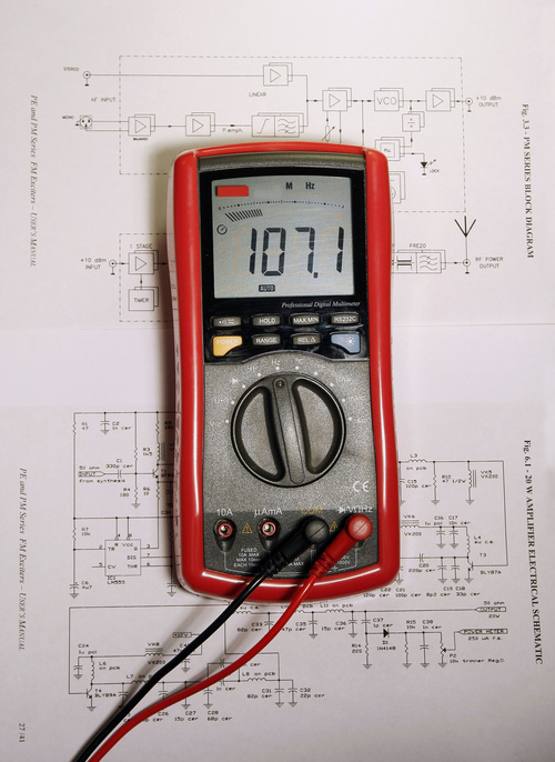 Venta y distribución de todo tipo de material eléctrico