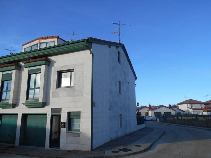 Pareado - Carcedo: Venta y alquiler de inmuebles de Inmobiliaria Renedo