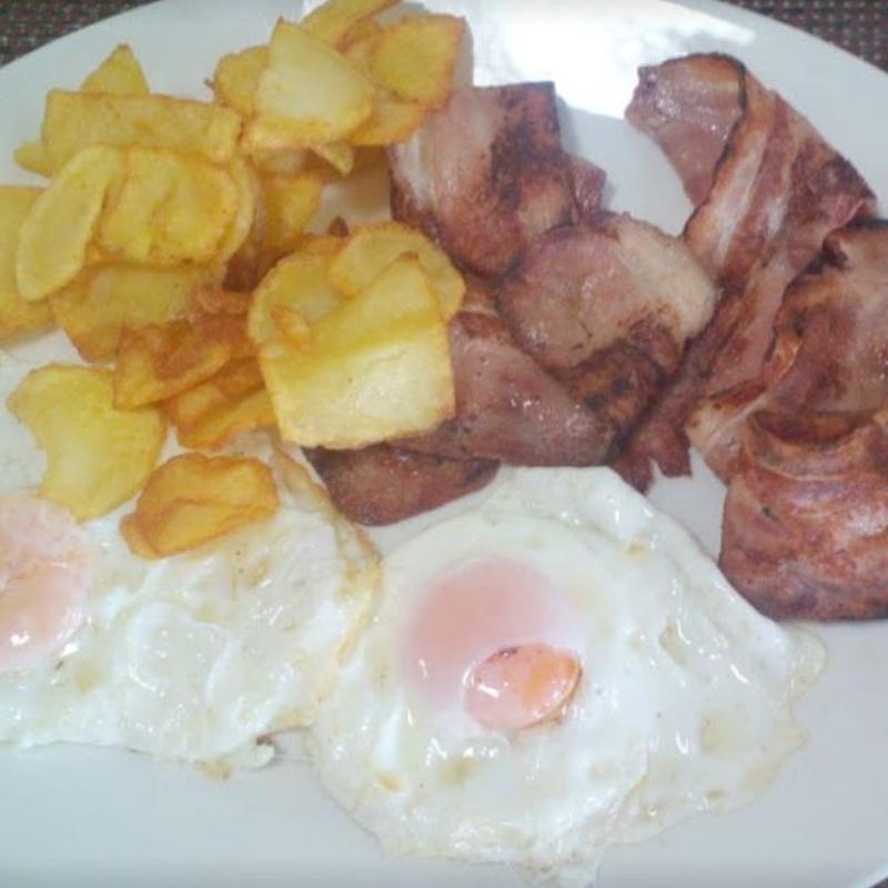 Huevos fritos y tortillas: Nuestra carta de Restaurante Casa García's