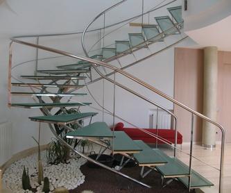 Escaleras helicoidales.: Servicios de Corbats, Metàl.lics i Mecanitzats, S.L.