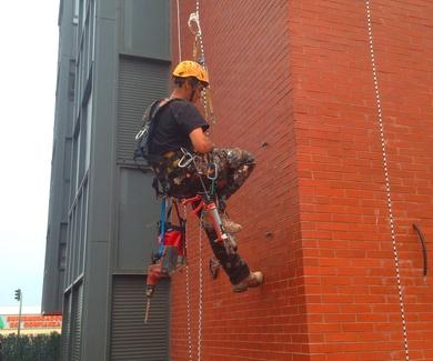 5 mitos y leyendas urbanas sobre trabajos verticales