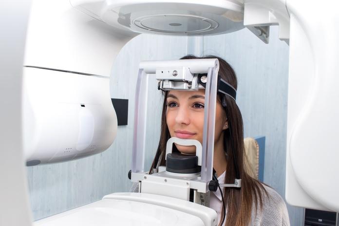 Radiología dental digital: Tratamientos de Clínica Dental Dr. Emilio Reimat