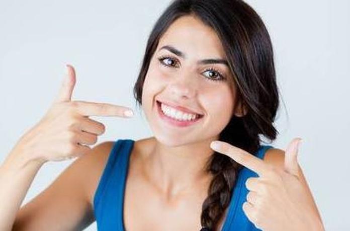 Las 5 características de una sonrisa ideal.