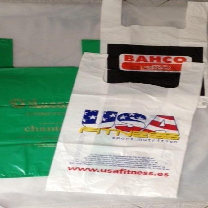 ¿Por qué se pagan las bolsas de plástico?