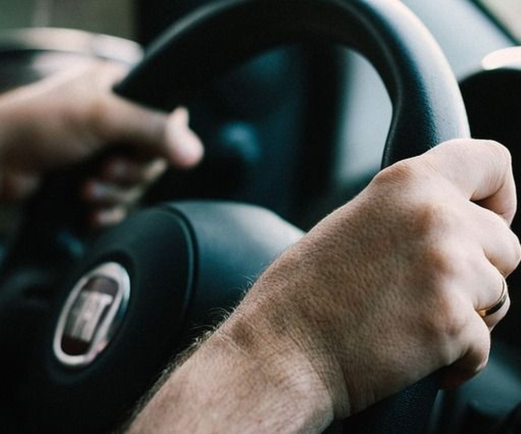 Seguridad en conductores jóvenes
